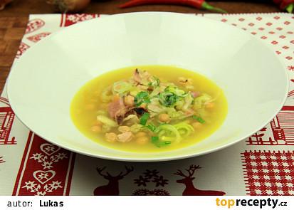Pórková polévka s uzeným a cizrnou
