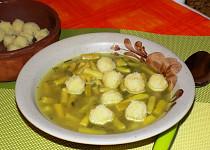 Bramborové knedlíčky do polévky