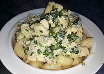 Těstoviny s kuřecím masem, Nivou a špenátem (bez tuku)