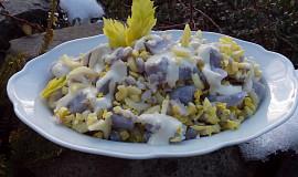 Bramborový salát z fialových brambor s řapíkatým celerem
