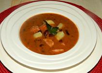 Maďarská fazolová polévka s bramborem