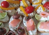 Tuňáková pomazánka s avokádem a sýrem
