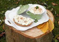 Tvarohová pomazánka s vejci a sýrem