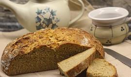 Mléčný bramborový chléb