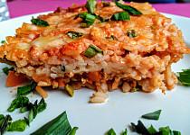 Sicilská rýže, zapečená s masem, barevnou zeleninou a mozzarellou