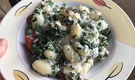 Zapečené gnocchi se sýrem a špenátem