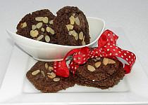 Čokoládové sušenky s mandlovými lupínky