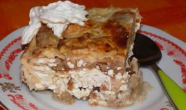 Jablečno-tvarohový pekáček