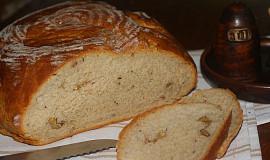 Ořechový chléb z podmáslí
