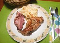 Pečená králičí stehýnka na tymiánu se salátem Coleslaw
