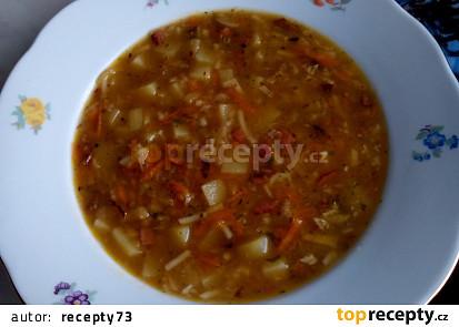 Vydatná česneková polévka