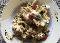 Zapečené  špenátové těstoviny s kuřecím masem