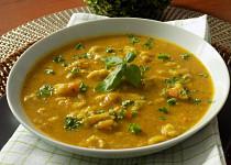 Lilková polévka s parmezánovým kapáním