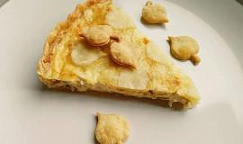 Quiche se sýrem a cibulí