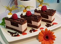Čokoládovo-malinové řezy
