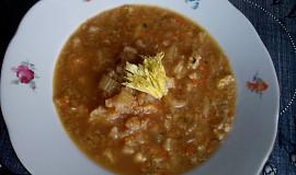 Květáková polévka s řapíkatým celerem