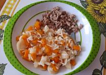 Pečené krůtí stehno s kořenovou zeleninou - pro nejmenší
