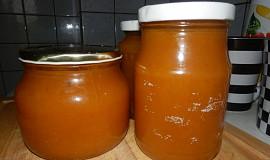 Broskvová marmeláda