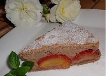 Netradiční švestkový koláč z Bebe sušenek