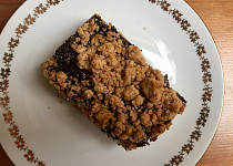 Švestkový koláč s mákem z celozrnné mouky