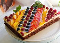 Cuketovo-ořechová buchta s ovocem