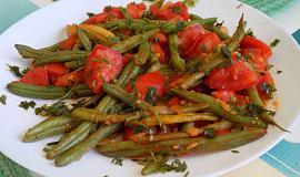 Teplý fazolkový salát