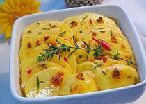 Pečené marinované brambory s bylinkami