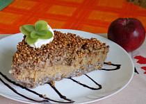 Pohankovo-jablkový nákyp s ořechy a rozinkami