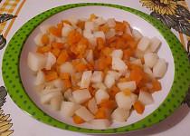 Brambory s mrkví a řapíkatým celerem - pro nejmenší