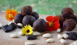 Tsampa koule z hořké čokolády