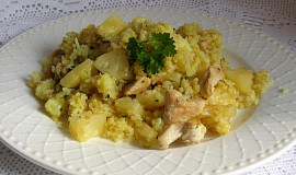 Rýže s kuřecím masem a ananasem