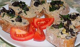 Cizrnová pomazánka s olivami