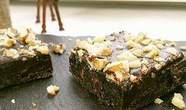 Nepečené brownies z datlí bez přidaného cukru