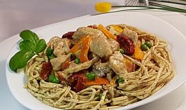 Pikantní kuřecí a Pasta Tartufo (Lanýž)