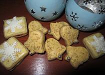 Žluté ořechové dortíčky - slepované (moc dobré)