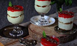 Bazalkové tiramisu s jahodovým coulis