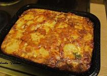 Pečené brambory s párkem