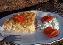 Šunkové těstoviny zapečené v sýrovém bešamelu