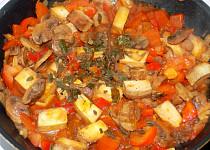Tofu s paprikou a žampiony