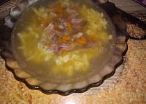 Uzená polévka s drobením