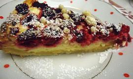 Malinový koláč s drobenkou