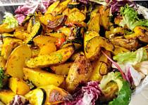 Zapečené brambory s barevnou zeleninou