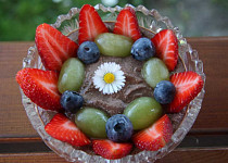 Kakaová tsampa kaše s ovocem
