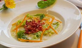 Kapustovo-slaninová polévka