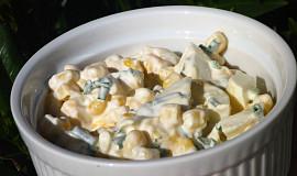 Kukuřičný salát s vejci a Roquefortem