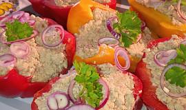 Papriky plněné krémem s uzeným masem