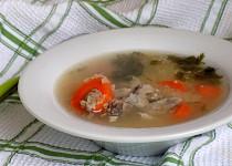 Krůtí vývar s mrkví a quinoou