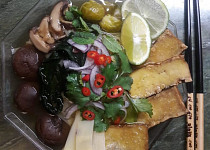 Moje phở s houbami shiitake a uzeným tofu