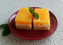 Ovocné řezy se smetanovým krémem