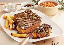 Steak z vysokého roštěnce v červené curry pastě podle Ondřeje Slaniny